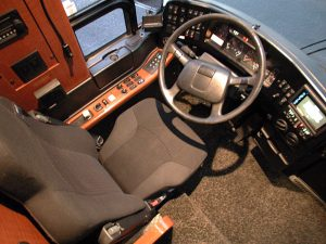 The driver area: tilt and telescopic steering wheel, Heated remote mirrors, cruise control, air ride seat