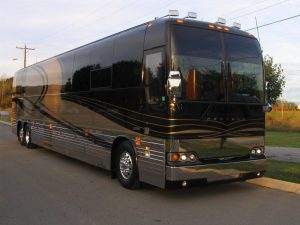 This coach has been well maintained during 2017 and is ready for another year of touring. The engine was replaced in the spring of 2014 and the a new transmission in September of 2017.