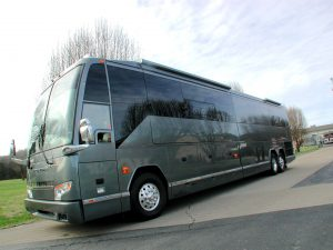 2004 Prevost VIP 6 bunk star coach, hemphill conversion