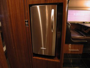 This coach has a separate stainless ice maker in the off the galley in the front lounge
